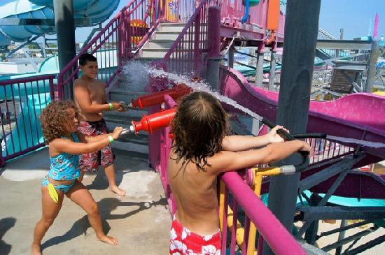 Splash Zone Water Park: Fun for ALL ages