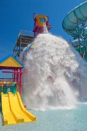 Splash Zone Water Park: 1,000 Gallons Every 3 Minutes