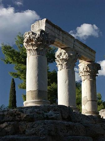 Athens Rent a Minibus - Tours: Temple of Octavia, Corinth - Photo Alan Grant
