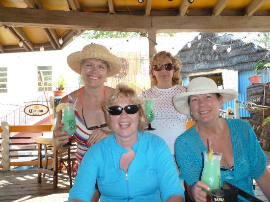 Castaway's: Girls just want to have fun!