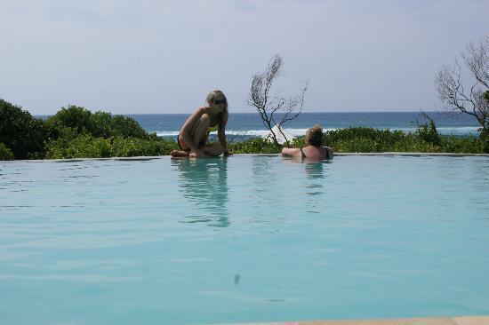 White Pearl Resorts, Ponta Mamoli: Pool