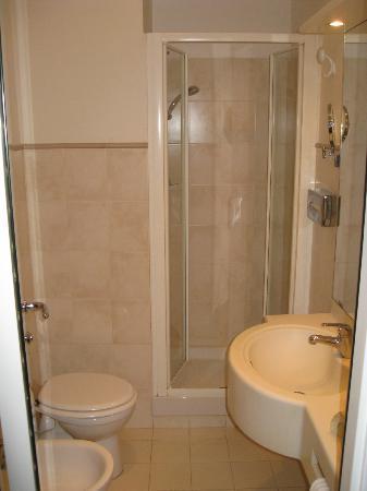 Hotel Gerber: bath