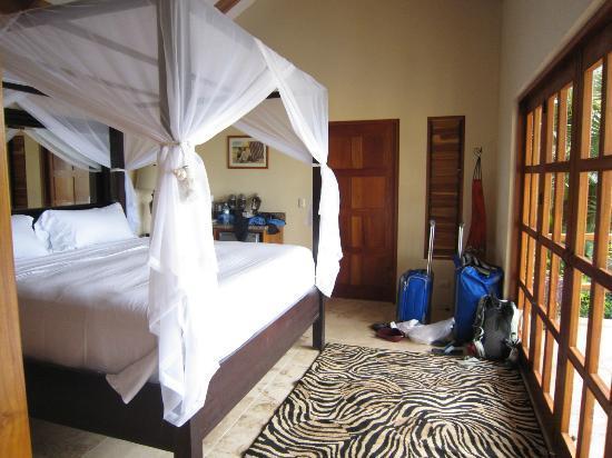 Casa Chameleon Hotel Mal Pais: villa sol interior