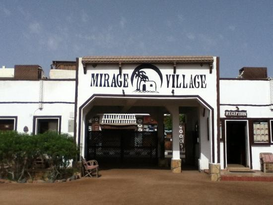The Mirage Village Hotel照片