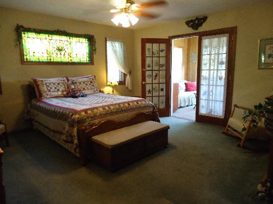 Vanquility Acres Inn: Garden Suite