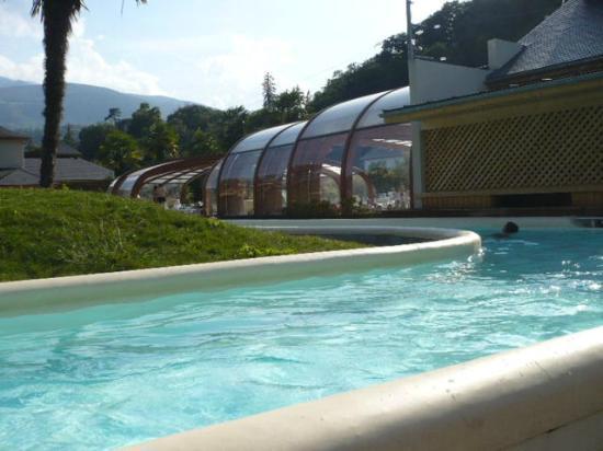 La piscine couverte et chauff e photo de sunelia les 3 for Argeles gazost piscine