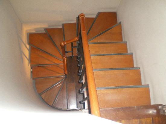 melia maria pita escalera de caracol - Escaleras De Caracol