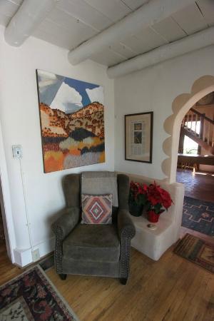 La Posada de Taos B&B: public area