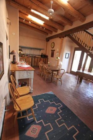 La Posada de Taos B&B: dininga hall, breakfast place