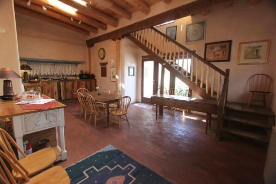 La Posada de Taos B&B: dining hall