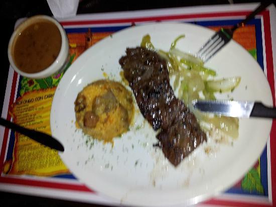 Made In Puerto Rico: Menú - churrasco con arroz con longaniza