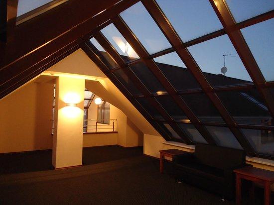 Villa Classic: холл 2 этажа