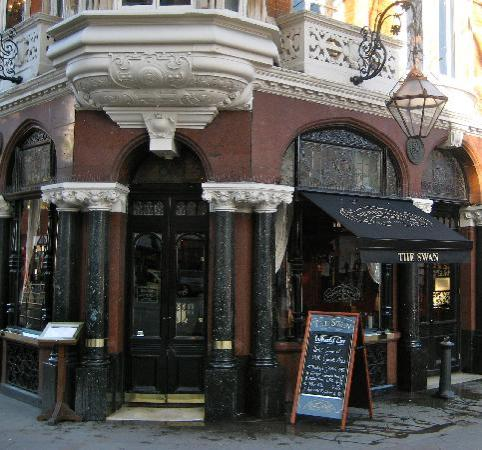The Swan : Main Entrance
