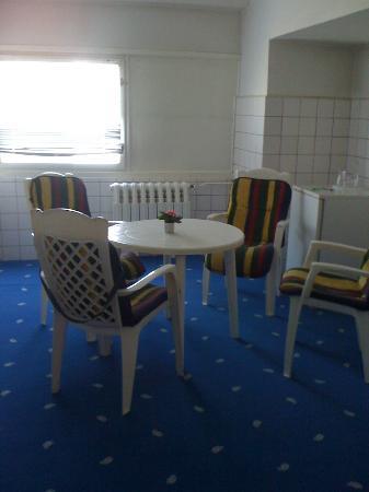 Hotel Kubrat Berlin Mitte: Dining Room