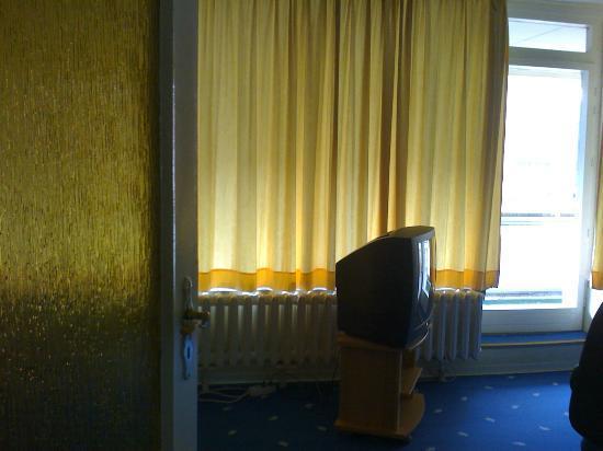 Hotel Kubrat Berlin Mitte: Living Room
