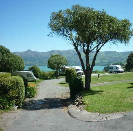 Akaroa TOP 10 Holiday Park: Entering our park grounds
