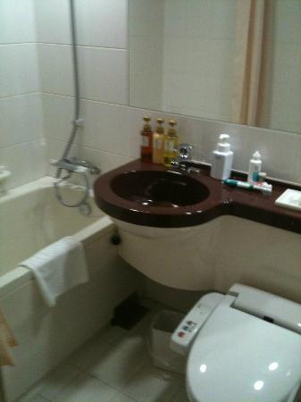 Hotel MyStays Hamamatsucho: bathroom
