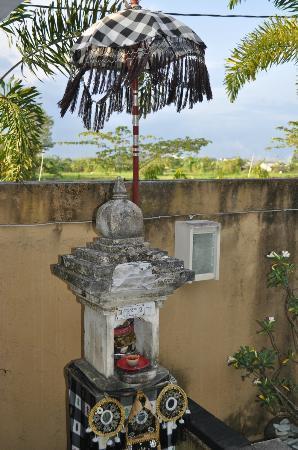 Andari Legian: House temple