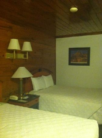 Whispering Sands Motel: room from door