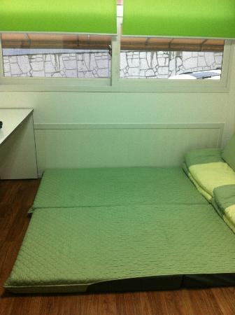 Namsan Guest House 2: Advisable for 2 Adult and 1 kid below 12