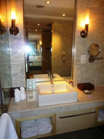 Simple Elegant Zhejiang Business Hotel Bathroom size is average with large shower stall Top Search - Simple Elegant shower stall sizes Minimalist