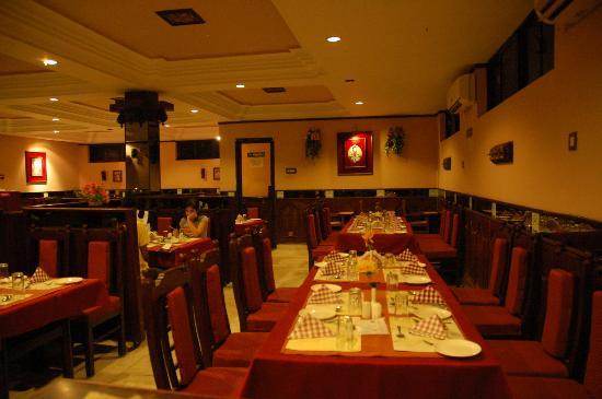 Anupallavi Multicuisine Restaurant: Anupallavi A/c