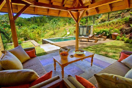Lakaz Chamarel Exclusive Lodge: View from Garden Suite