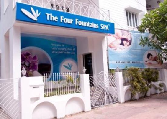 The Four Fountains Spa - Salt Lake, Kolkata