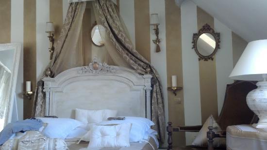 Le Clos St Paul: Montparnase Bedroom