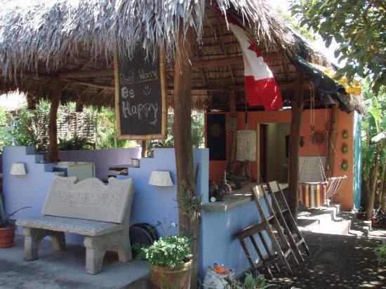Empalme a Las Playas: dining & social area