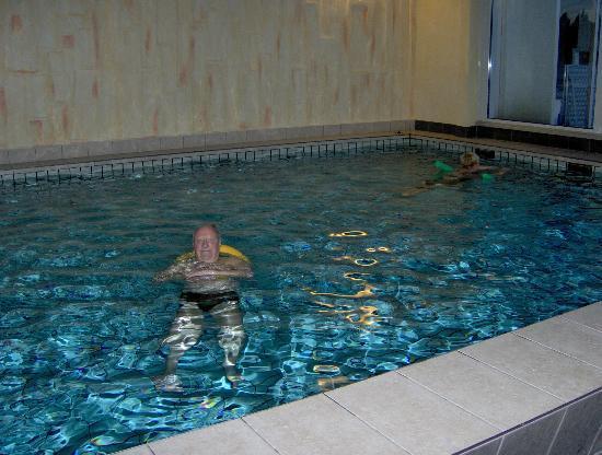 Waldhotel am Notschrei: piscine