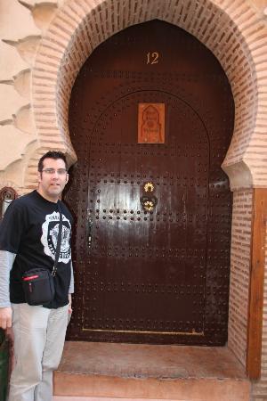 Riad Amira Victoria: voordeur van het Riad