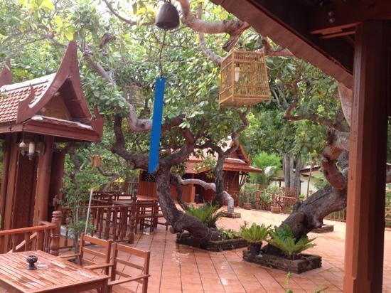Harry's Bar: patio
