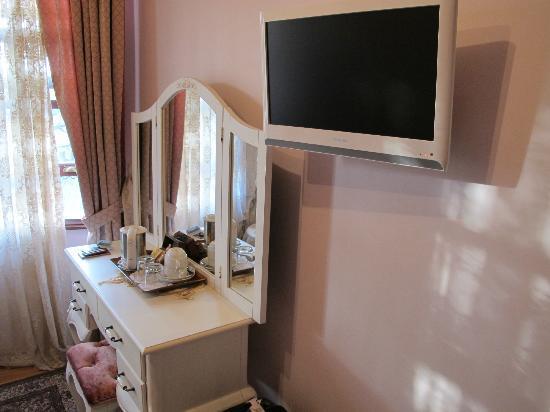 Esans Hotel: la tv