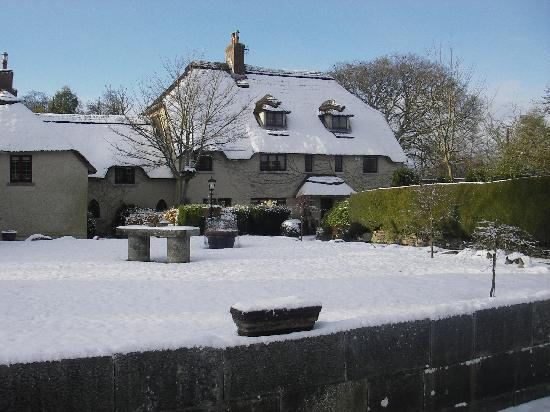 Riverstown Country House: snow has arrived at riverstown