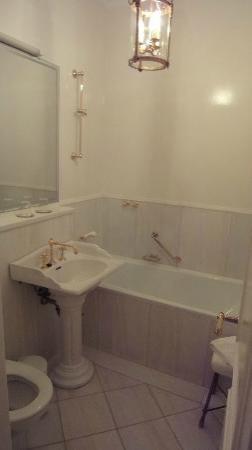 Hotel Burger-Palais: Hotel Room Bathroom