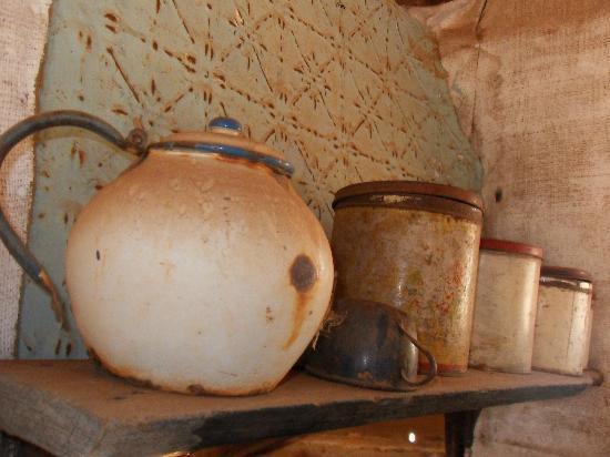 Gwalia: Kitchen Canisters
