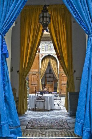Riad Laayoun: Les rideaux