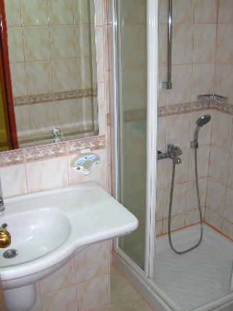 Bild für badezimmer  Badezimmer - Crystal Kaymakli Hotel & Spa, Kaymaklı Resmi ...