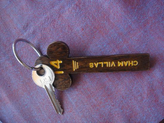 Cham Villas: room key
