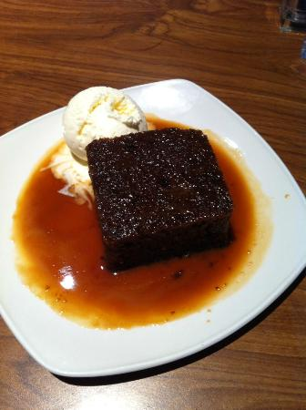 Holiday Inn  Basildon: Sticky toffee desert