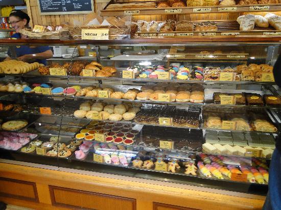 Beechworth Bakery: Choices,choices,choices!