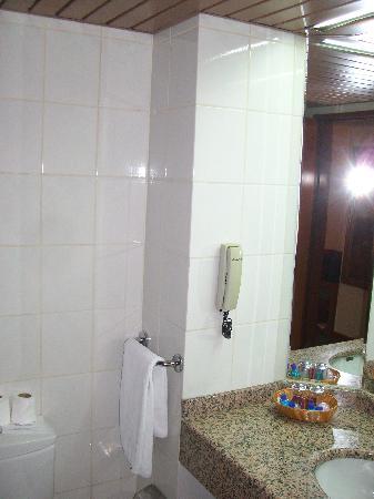 Bild für badezimmer  Badezimmer - Özkaymak Konya Hotel, Konya Resmi - TripAdvisor