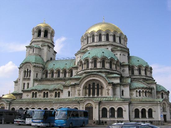 Iglesia de Alexander Nevski: side view