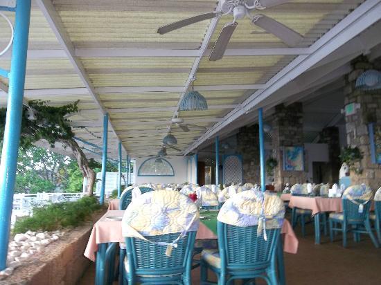 Hawksbill by Rex Resorts: Tamarind Tree Restaurant