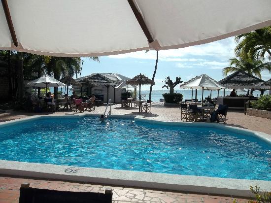 Hawksbill by Rex Resorts: Swimming Pool