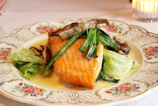 Pentagoet Inn Restaurant: Pan Roasted Scottish Salmon with Local Farm Cabbage