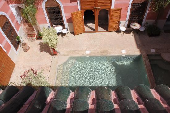 Riad Alili: piscina