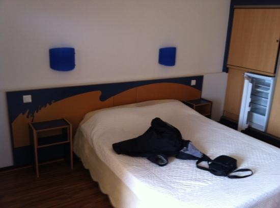 Hôtel-Résidence Le Neptune : bed