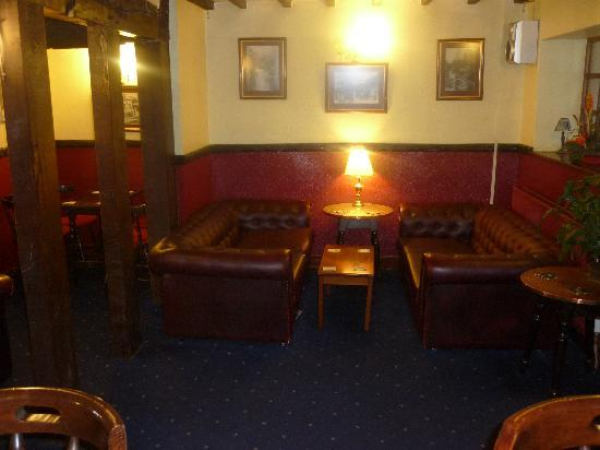 Red Lion Hotel: Part of the Lounge Bar